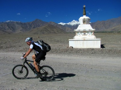 Cycling Across the Himalayas